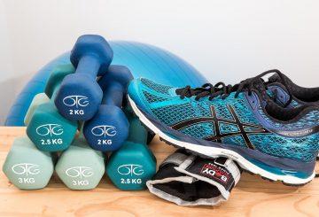 håndvægte og sko