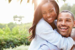 glad par i solen